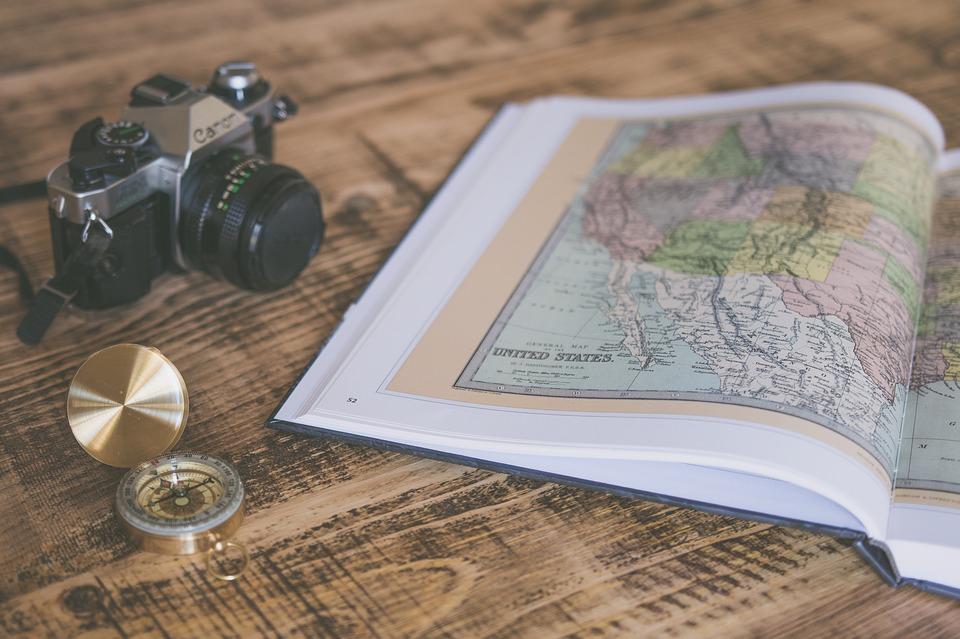 История о том, зачем бухгалтеру учебник по географии подарили