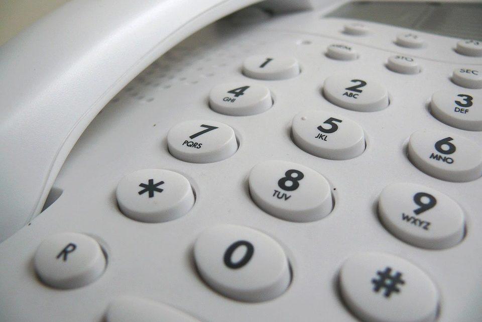 Интересный случай: когда негде было записать номер телефона девушки