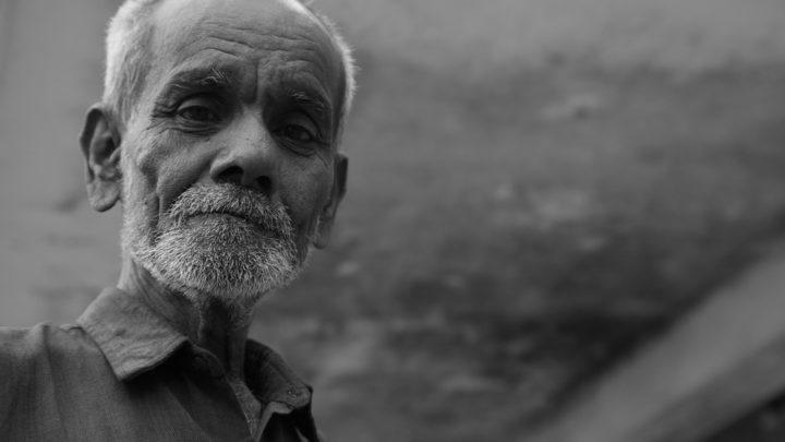 История о добром и честном дедушке в кафе