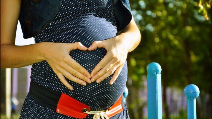 История о девушке, которая рано забеременела